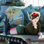 1-laying on tank kiss (1)